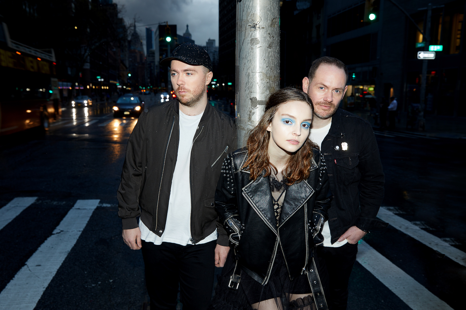 CHVRCHES 2018 02 - please credit Danny Clinch (1)